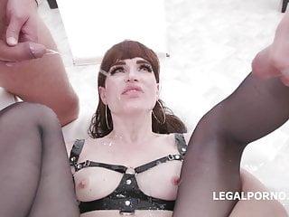 sexy shemale pee gangbang