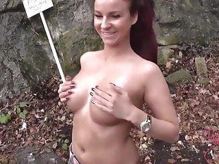 Kyra Banx - Papis Freund darf auf die neuen Titten spritzen